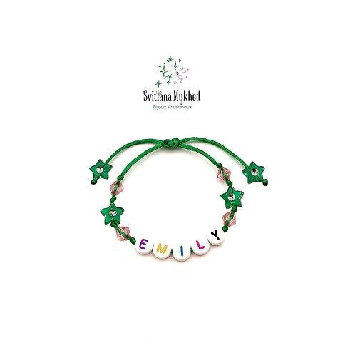 Bracelet personnalisé EMILY avec prénoms nom message  création sur mesure