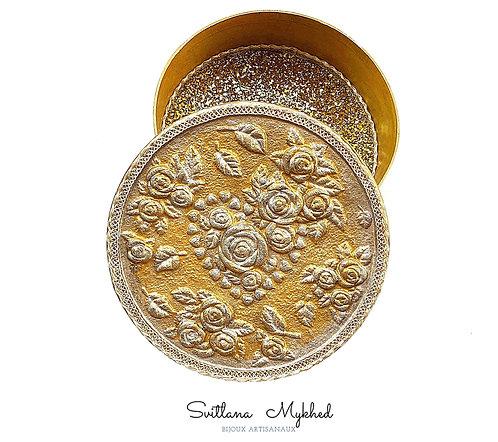 Boite carton décorative doré romantique MON COEUR. AMOUR. LOVE FOREVER création artisanale fait main