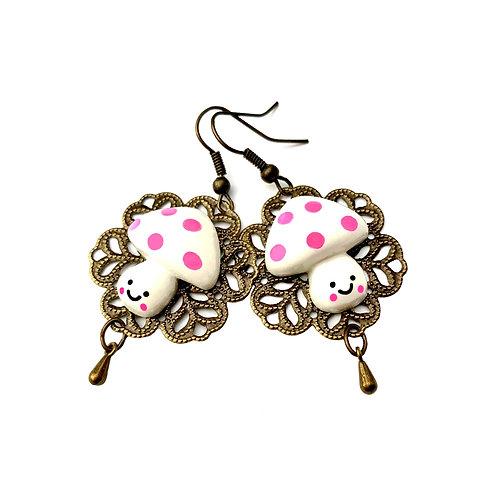 Boucles d'oreilles fantaisie femme fille  champignons souriants  blanc rose bijoux drôles  enfants