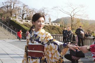 OSAKA KYOTO - DERRY AINSWORTH-2-27.jpg