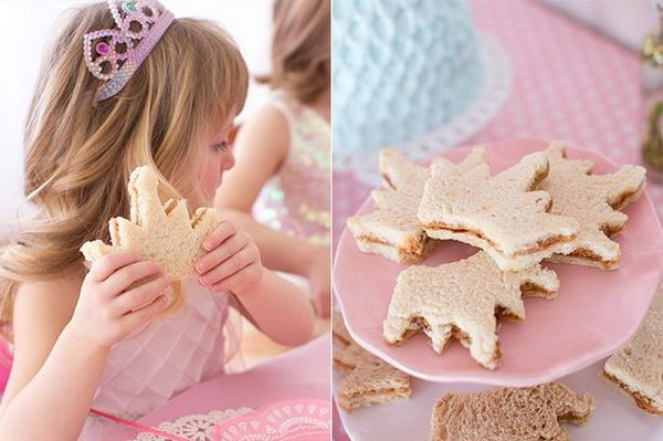 Princess Party Ideas and a FREE Princess Party Printable