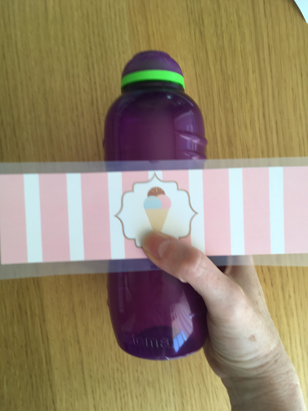 How to Create Waterproof Printable Party Water Bottle Labels