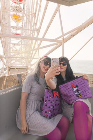 Michelle and Katie - Minnie Factor