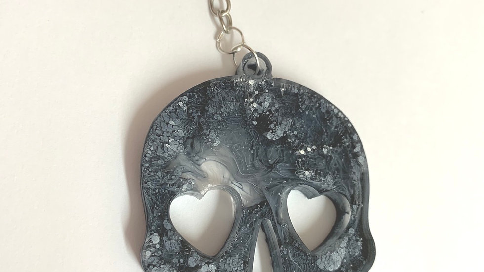 Resin art skull keyring