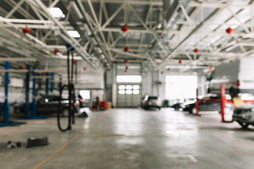 body-shop-with-cars-work-2.jpg