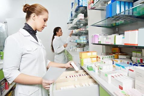pharmacien-38493291-3x2.jpg