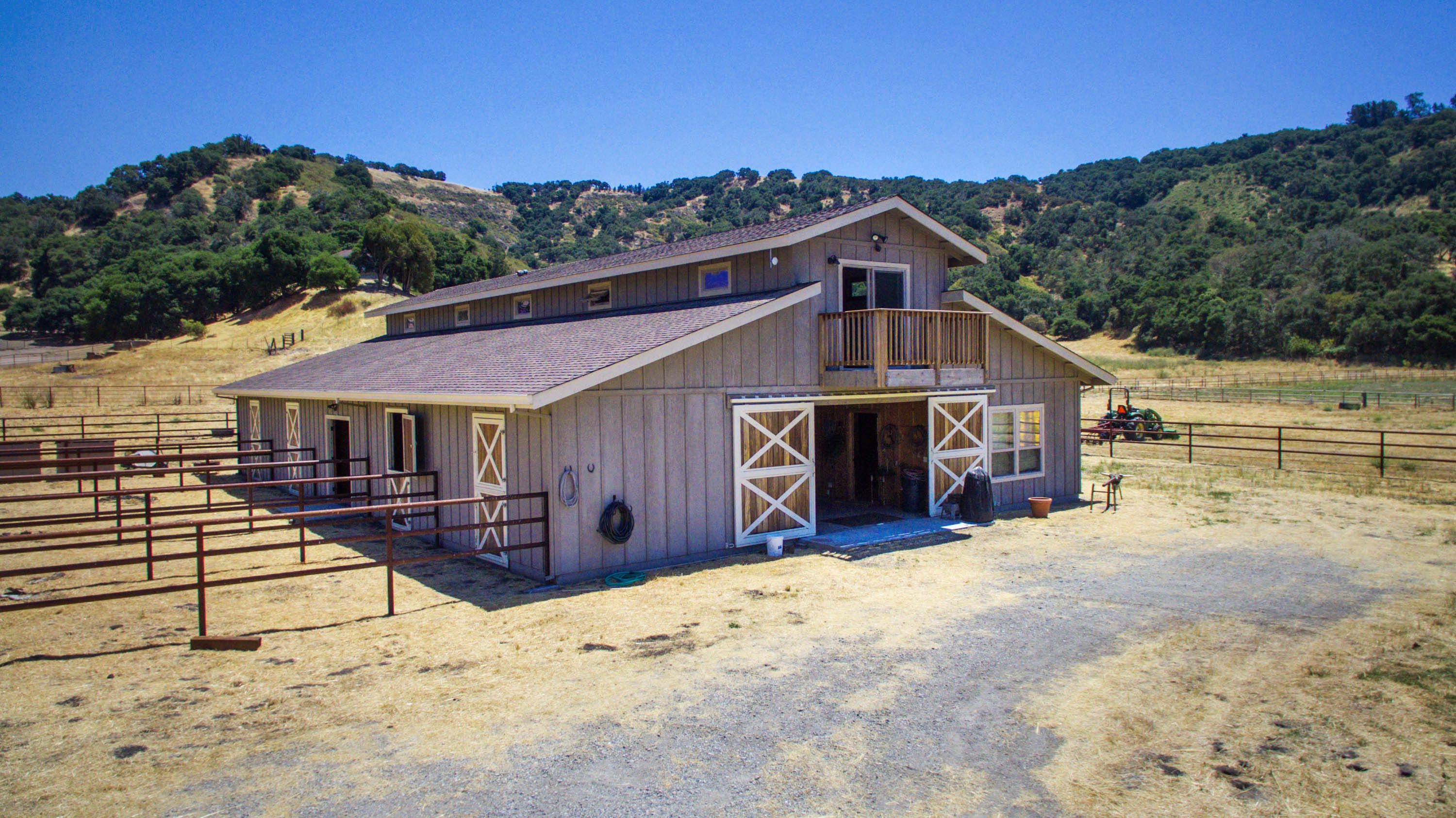 037_Custom Barn of 3000 + sq ft