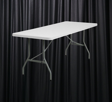 6ft Trestle Table.png