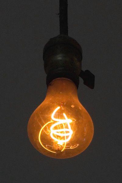 Livermore_Centennial_Light_Bulb.jpg