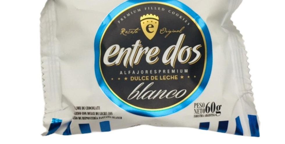 Alfajor Chocolate Blanco con Dulce de Leche Entre Dos 60 Gramos