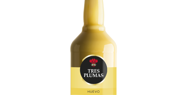 Licor de Huevo 700cc Tres Plumas