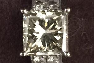 ダイヤモンドリング3.0ct ¥600,000-
