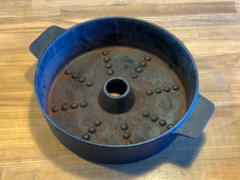 いも次郎(鉄器のイモ焼き鍋)のサビとりをしました