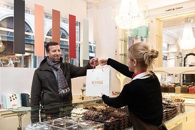 Comme chez Soi étoilé gault millau restaurant bruxelles agence communication marketing graphisme merchandising Neuhaus collaboration projet