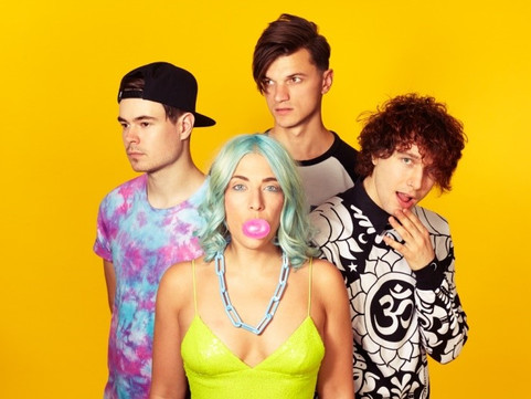 VUKOVI Release New Video For 'Weirdo'