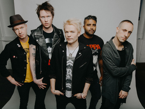 Sum 41 Release Video For New Single 'A Death In The Family'