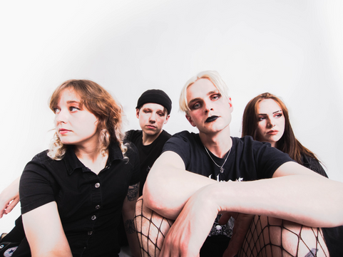 Delaire The Liar Release Video For New Single 'HALLOWEEN'