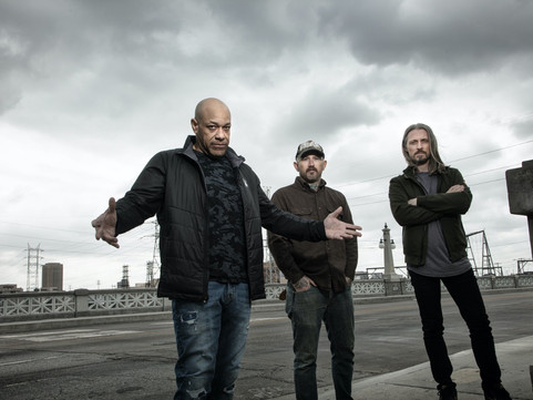 Light The Torch Release Video For New Single 'Let Me Fall Apart'