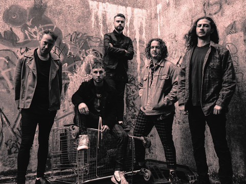 2000 Trees Festival: Interview With 'SHVPES'