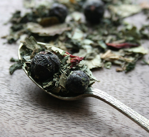 Nettle and Blackcurrant Cleanse
