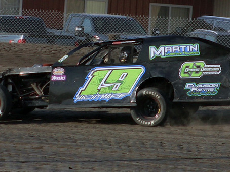 Rodin Wins Wissota Midwest Mod Special at Buffalo River