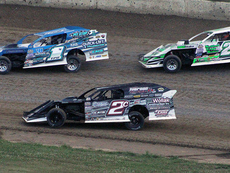 RaceChaser Editorial on Car Counts, the Black Flag, and Start of Races