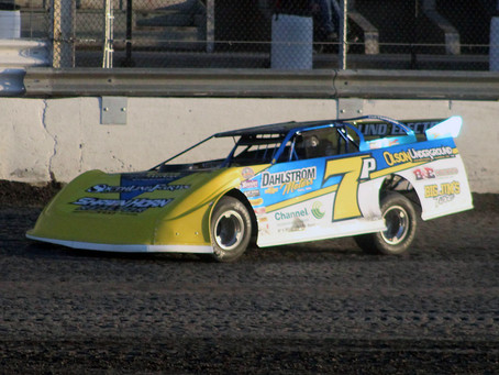 Pederson Picks Up Big Win as Sweet Captures WOO Victory at River Cities