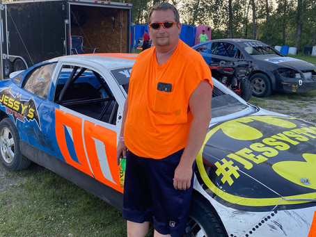 Youngquist 'Having a Blast' in Mini Stock Class