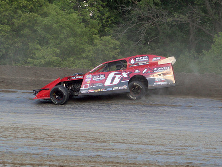 Johnson and Reents Earn Thrilling Wins at Viking Speedway Season Finale