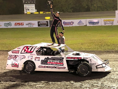 Hall Wins on Last Lap at Corn Cob Nationals; Wilke, Jacobson, Robertson and Huseth Crowned Champs