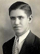 יוסף 1930 קטן.jpg