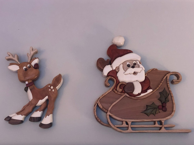 Intarsia Santa and Reindeer