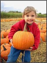 pumpkin%252520%252520little%252520girl_e