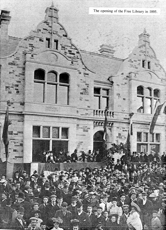 Crowds in 1895, outside the John Passmore Edwards Bodmin Free Library for it's grand opening.