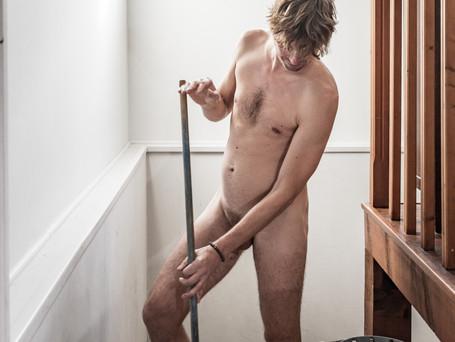 Hommes de ménage 8