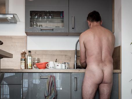 Hommes de ménage 9