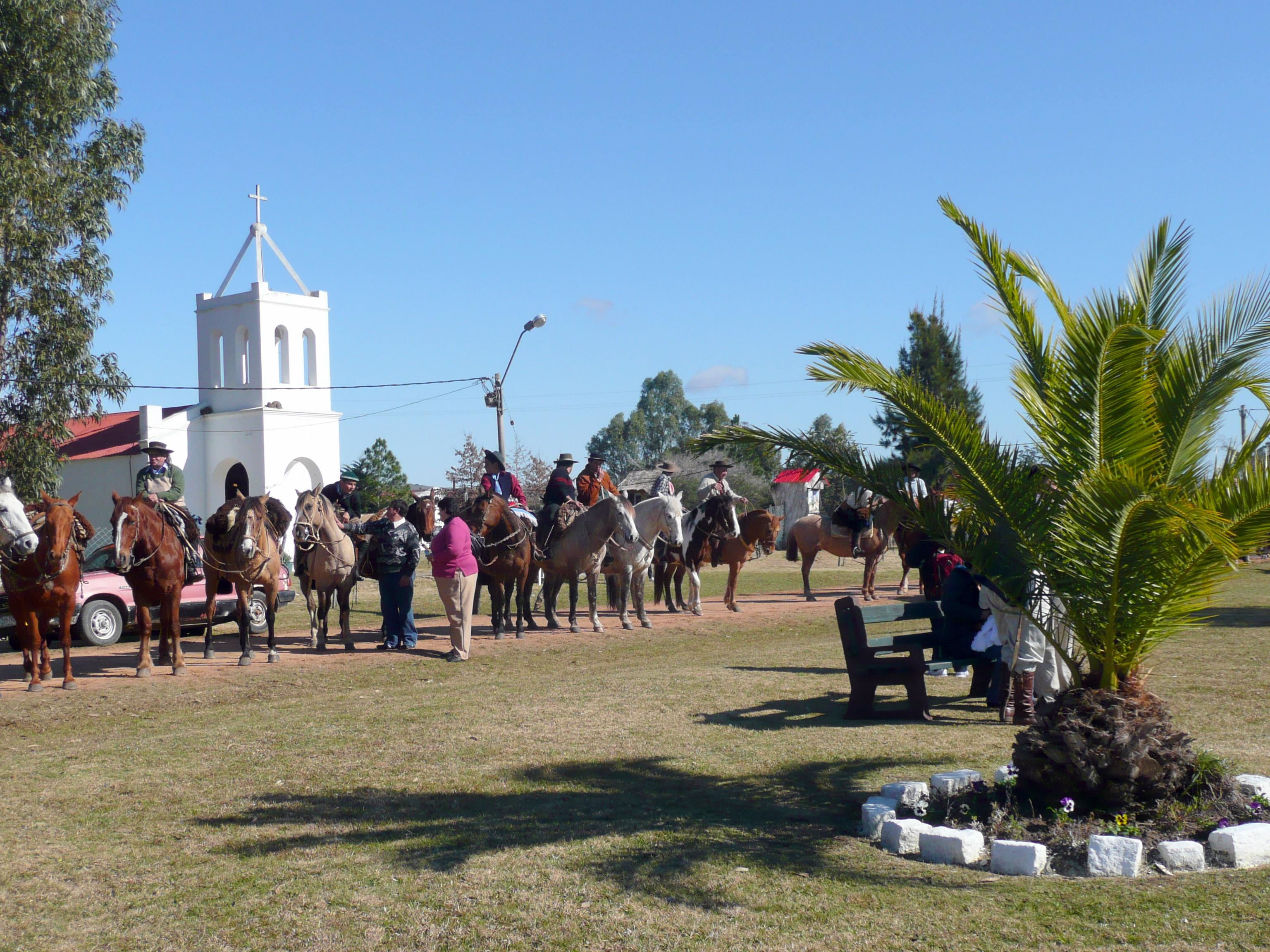 desfile sociedades criollas