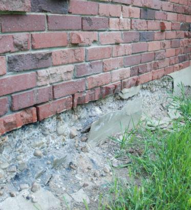 cracking, old foundation