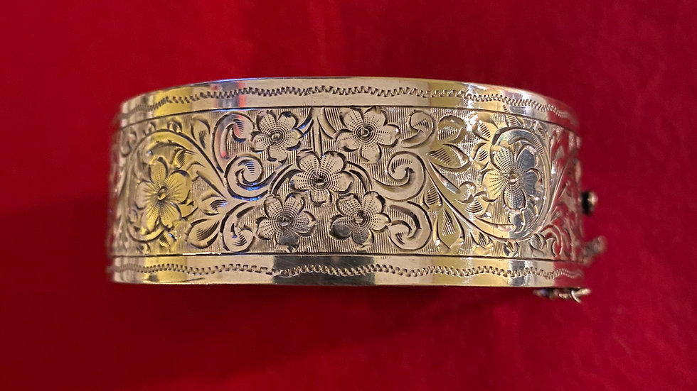 silver engraved hinged bangle