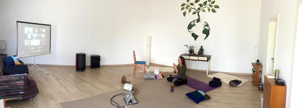 sala yoga online
