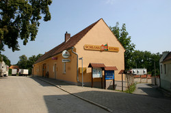 Fassadenbeschilderung