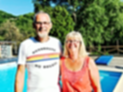 couple-proprietaire-camping-tarn-nature-
