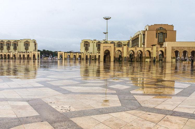 Torget framför Hassan II-Moskén