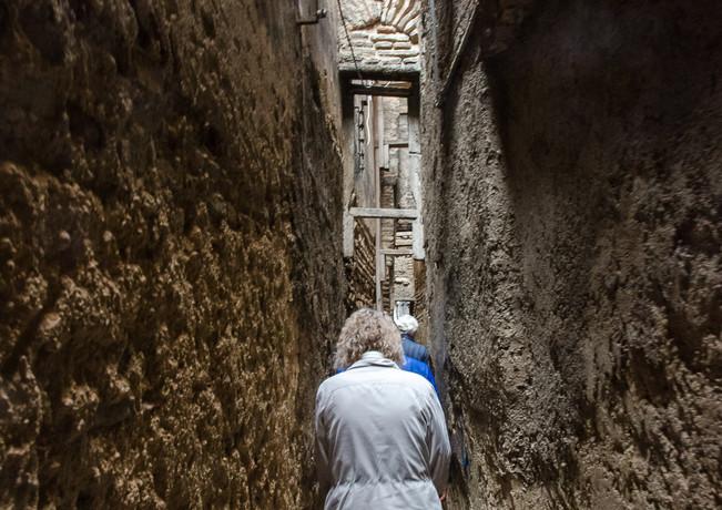 The world's narrowest street - 63 cm
