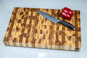 maple_end_grain_cutting_board_top_02.jpg