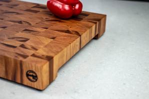 cherry_end_grain_cutting_board_side_02.j