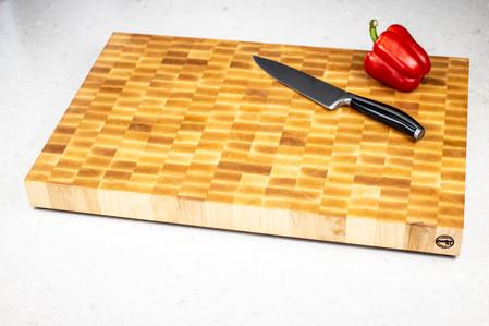 maple_end_grain_cutting_board_top_01.jpg