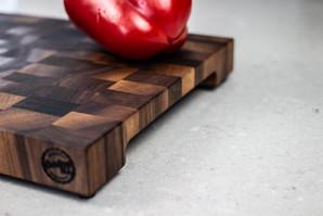 Black walnut end grain cutting board side!