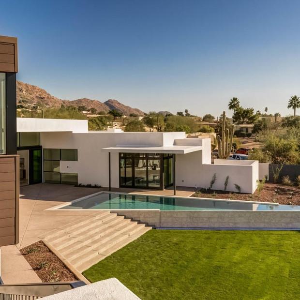 Desert Fairway Residence | Paradise Valley, AZ (designed at PHX Architecture)