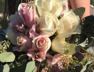 affordable wedding bouquet